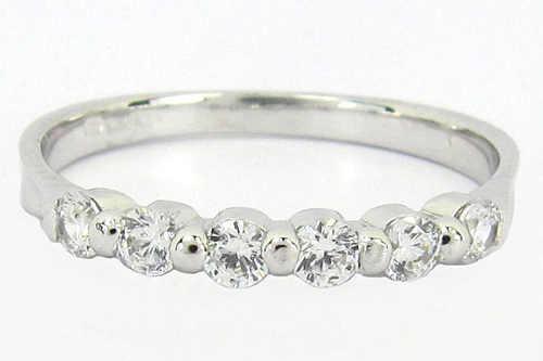 Romantický zásnubní prsten bílé zlato a zirkony