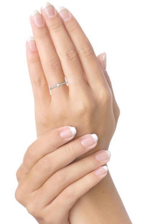 Cenově dostupný briliantový zásnubní prsten