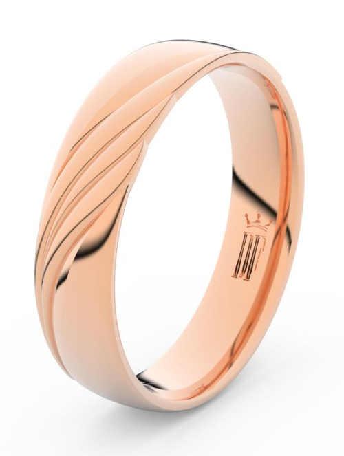 zlaté snubní prsteny s diamantem