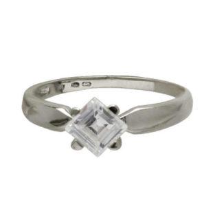 Prsten z bílého zlata zdobený zirkonem