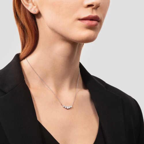 dámský zlatý náhrdelník s diamanty